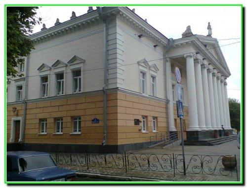 Музично-драматичний театр ім. М.Садовського