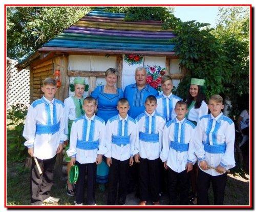 Сім'я Володимира та Галини Білозор